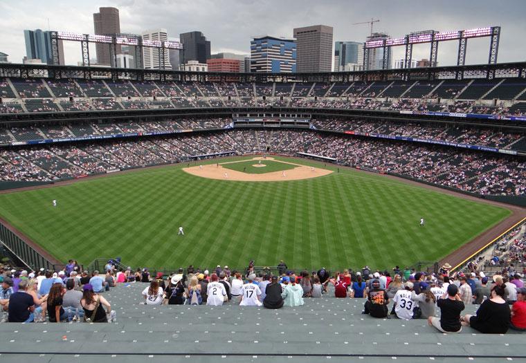 http://www.baseballpilgrimages.com/national/coorsfield.jpg