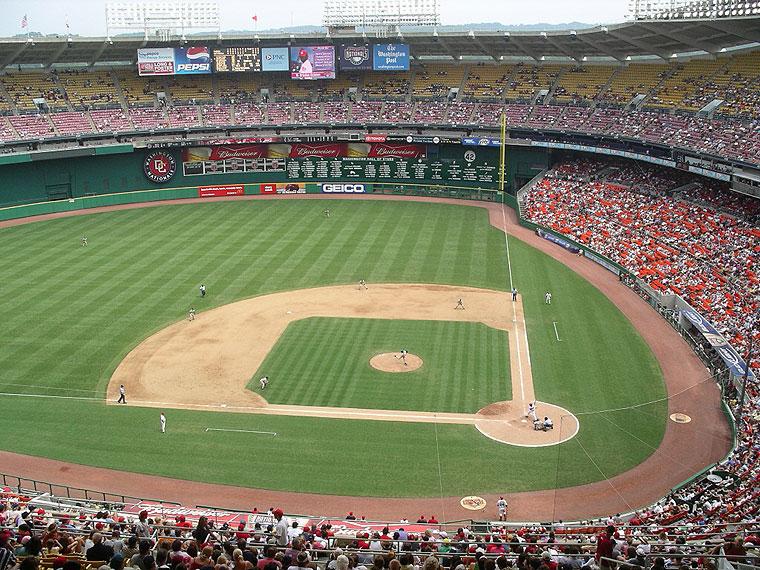 http://www.baseballpilgrimages.com/national/rfkstadium.jpg